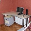 kompyuternyi-stol-s-tumboi