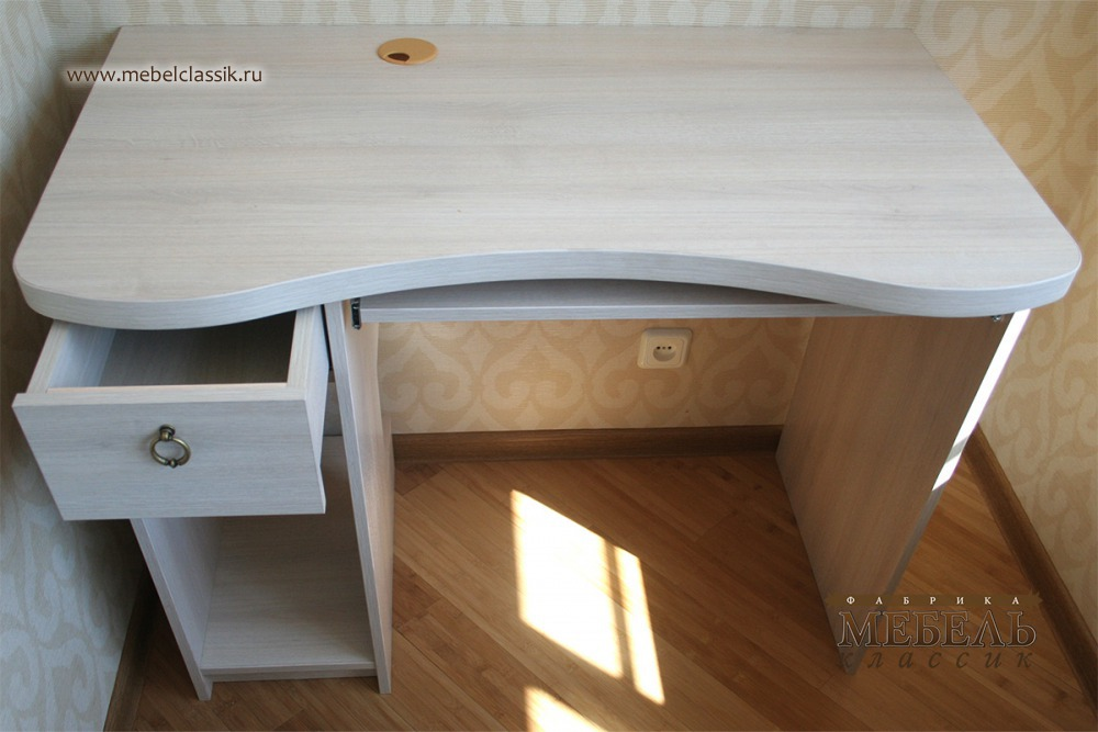 Детский компьютерный стол купить мебель в москве, изготовлен.