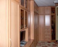 Изготовление угловой стенки в гостиную