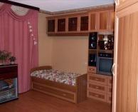 Мебель в детскую комнату кровать